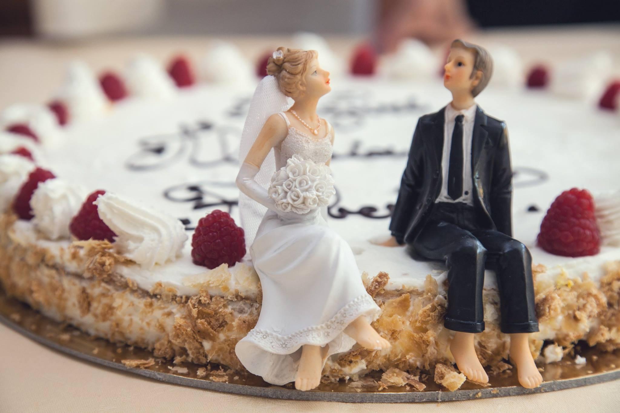 сватбени-торти-eva-agency